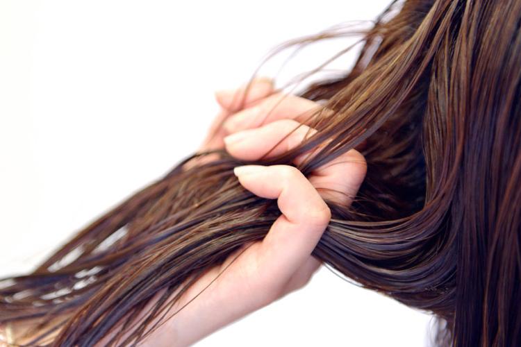 髪の毛の夢の夢占い