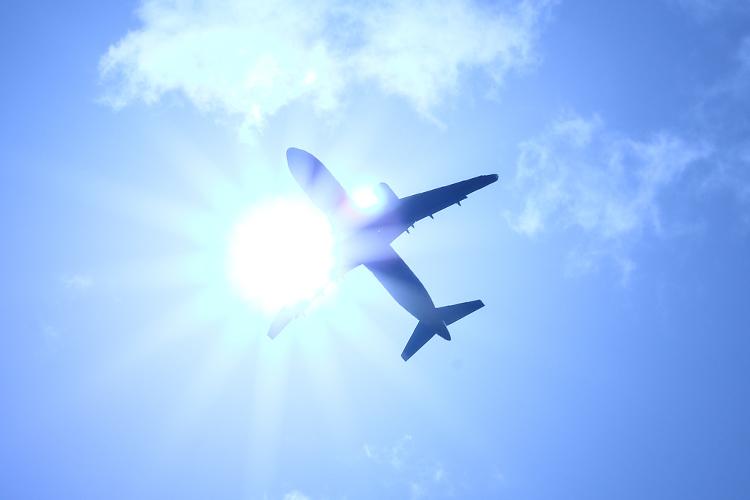 乗り遅れる 夢 占い 飛行機 に